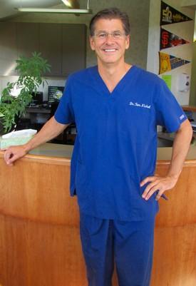 Dr. Thomas Nichol